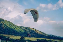 Doğada Skydiving