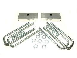Titan 1.5 Inch Rear Lift Block Kit