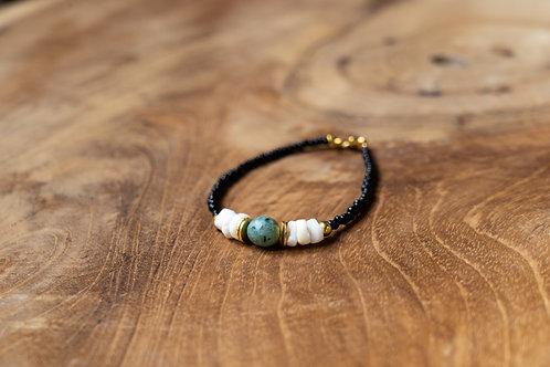 Bracelet noir turquoise et heishi