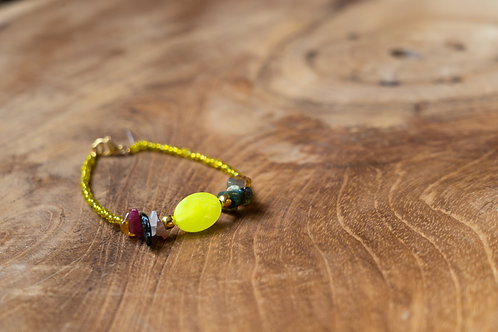 Bracelet jade jaune et tourmalines