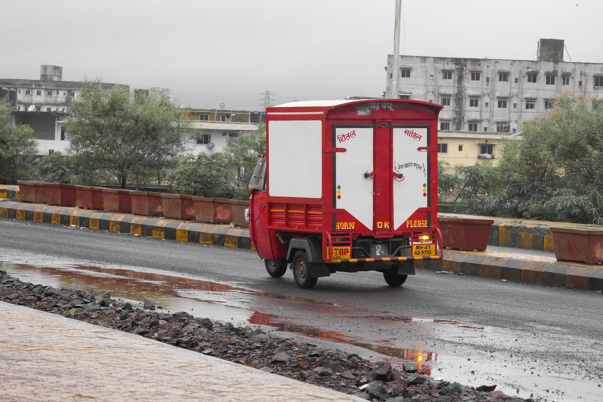 rickshaw-390946_1920