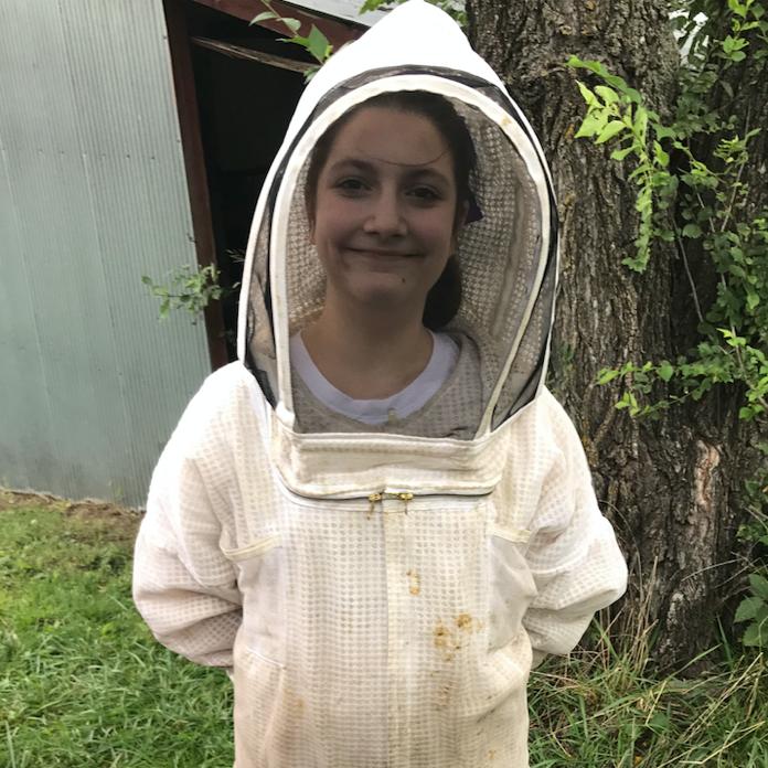 Getting Started in Beekeeping (2)