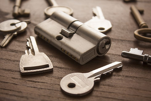 shutterstock_329705747 lock and keys.jpg