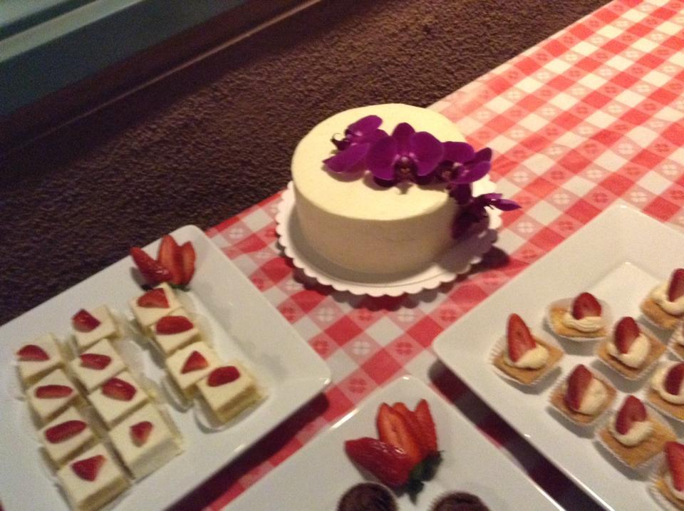Petit Four Vanilla Cakes