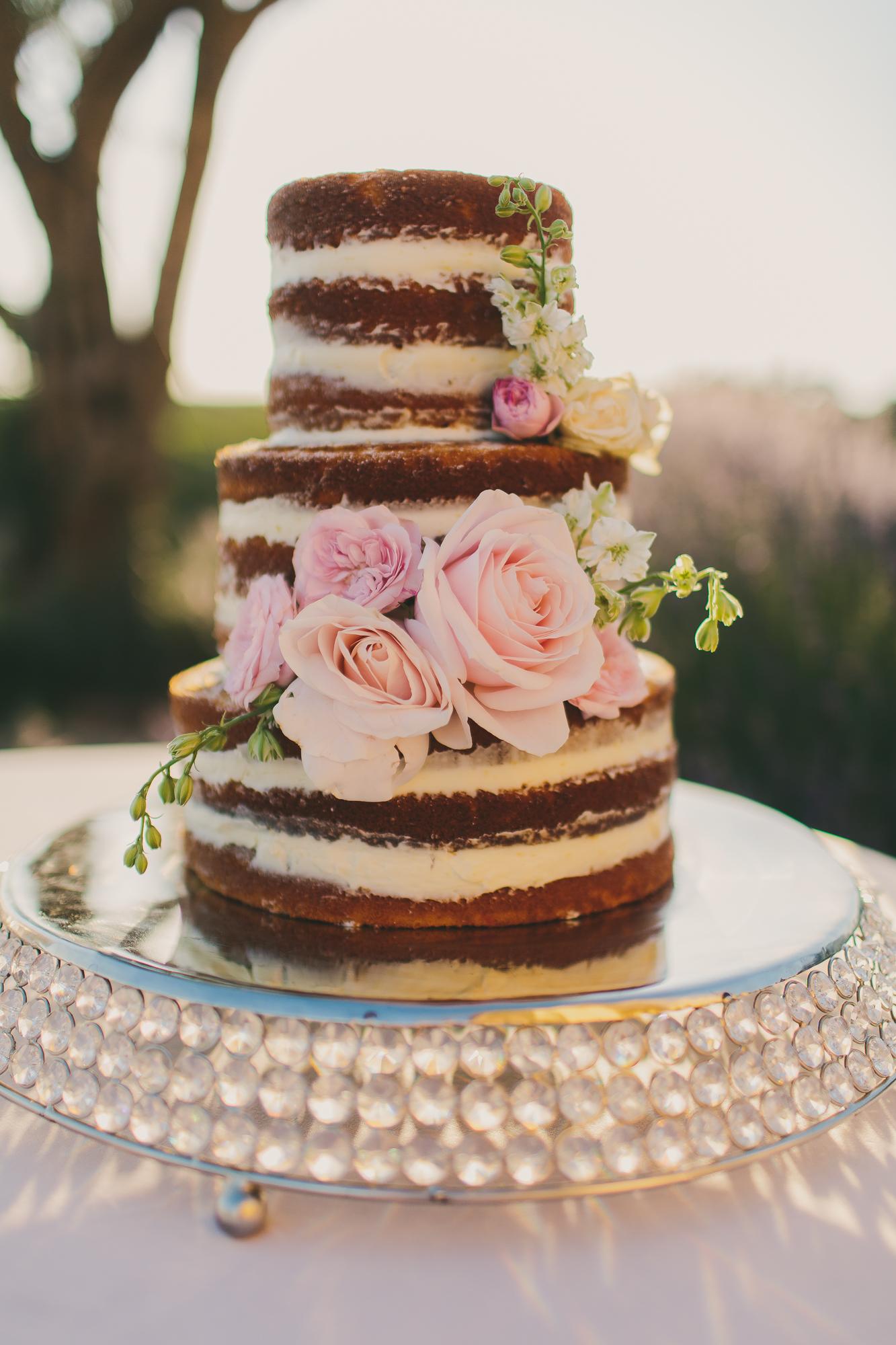 Classic&RomanticStyledShoot_LindseyGomesPhotography-091 - Copy (2)