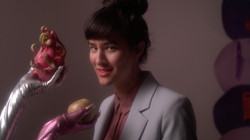 Liang w Fruit Gloves