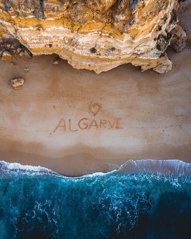 algarve strand rotsen.JPG