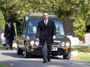 Why A  Funeral Celebrant