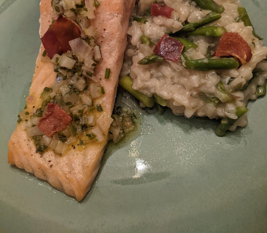 Salmon w-Prosciutto & Asparagus Risotto
