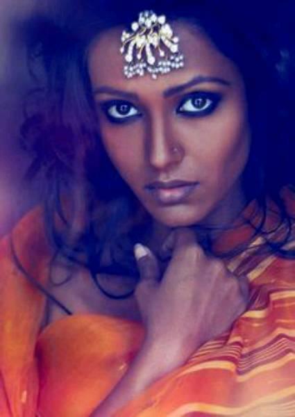 ancient-india-beautiful-dark-skin-woman