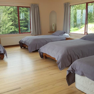 Large Share Room