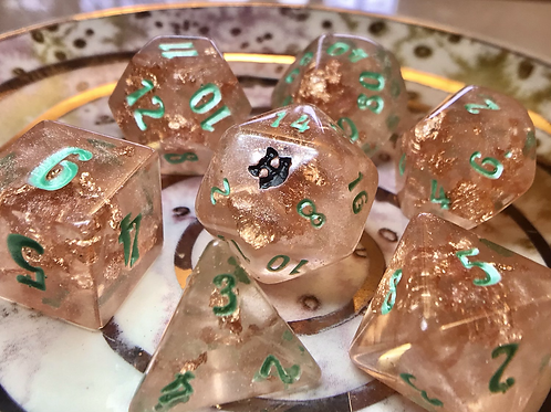 Peachy Green- 7pc dice set