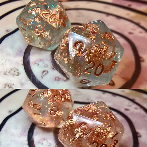 Single d20- Thermal Color-changing teal and copper