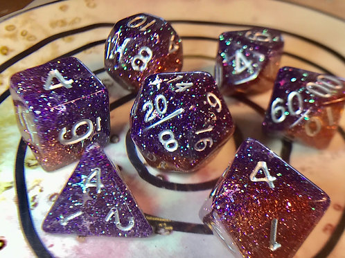Rusty purple/red starbursts 7pc Dice Set