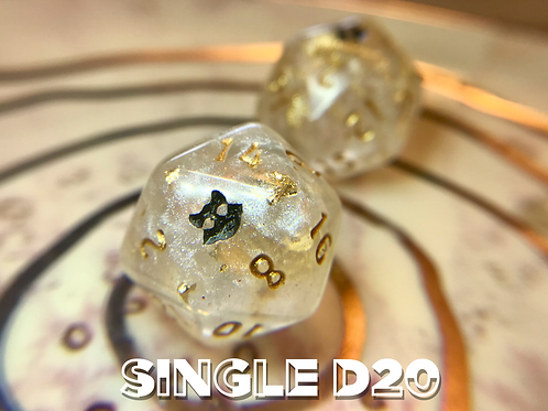 Pearl and Gold- Single d20
