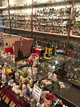 Traer Salt & Pepper Shaker Gallery