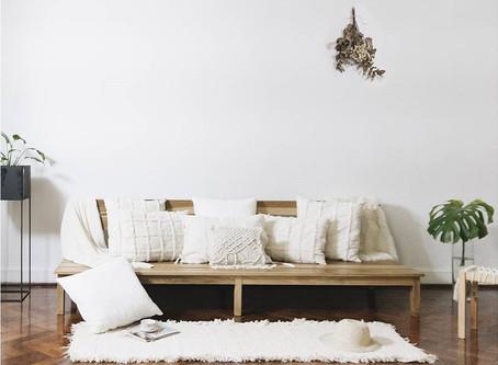 Cómo elegir los almohadones ideales para tu sofá