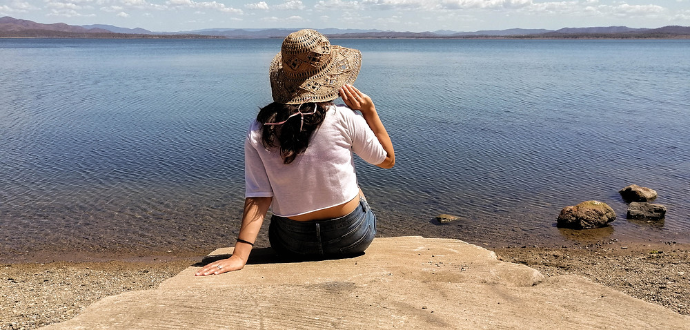 Between K'Gari Islands and Whitsunday Islands