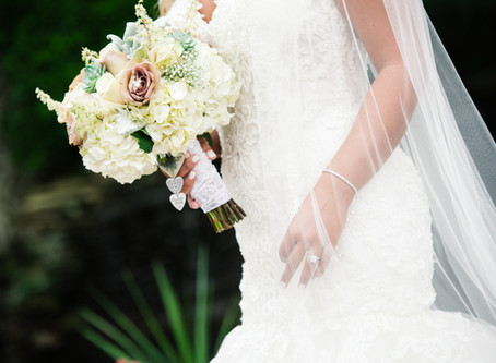 Choose Wedding Flowers That Make an Impact (Without Breaking the Bank)