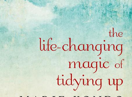 """""""Живото-променящата магия на подреждането"""""""