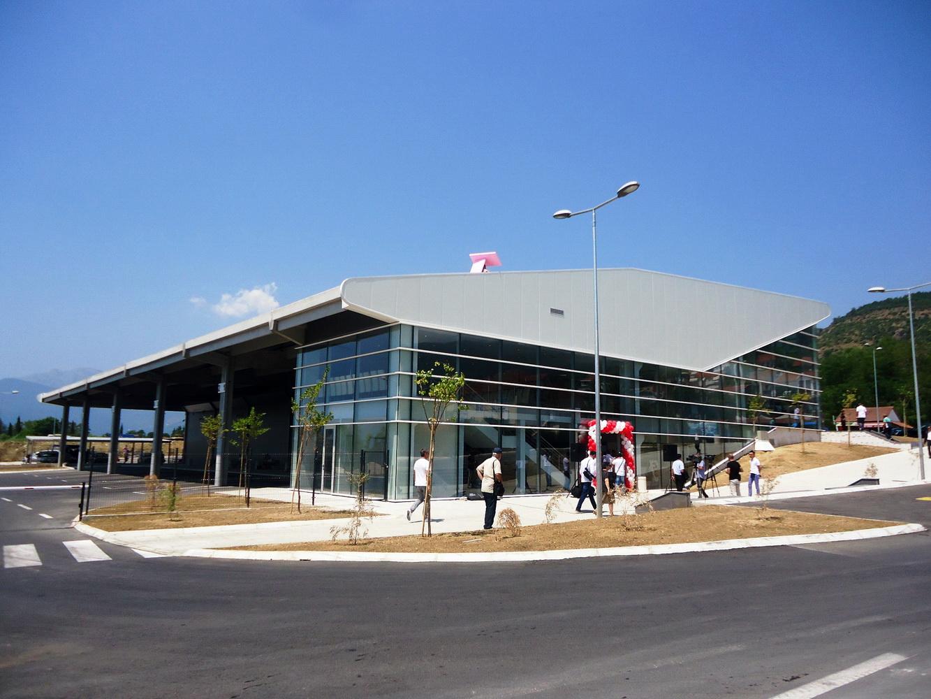 Autobuska stanica Tivat