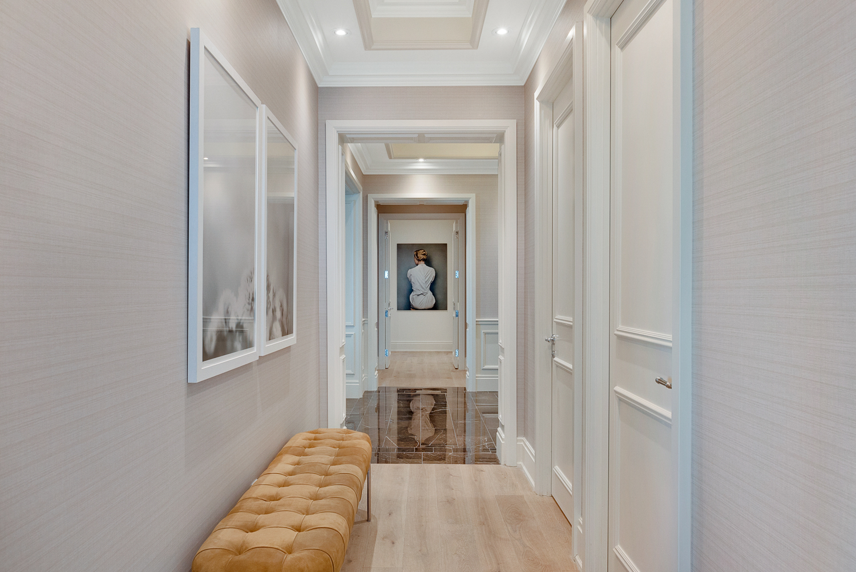Suite 530114 - Hallway.jpg
