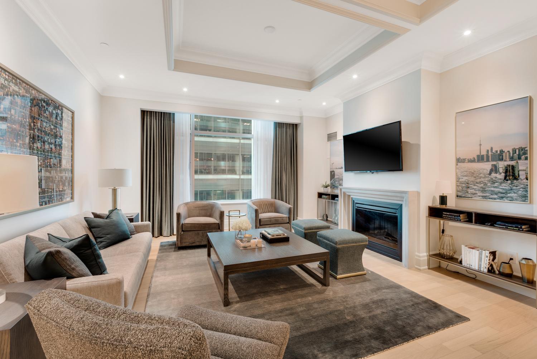 Suite 4002 Living.jpg