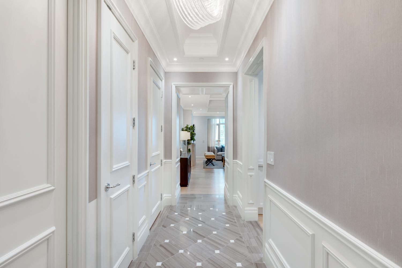 Suite 3806 Foyer.jpg