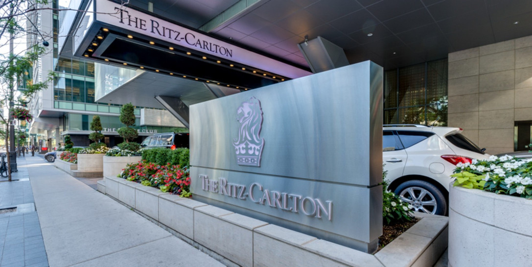Ritz-Carlton | Toronto | Sign