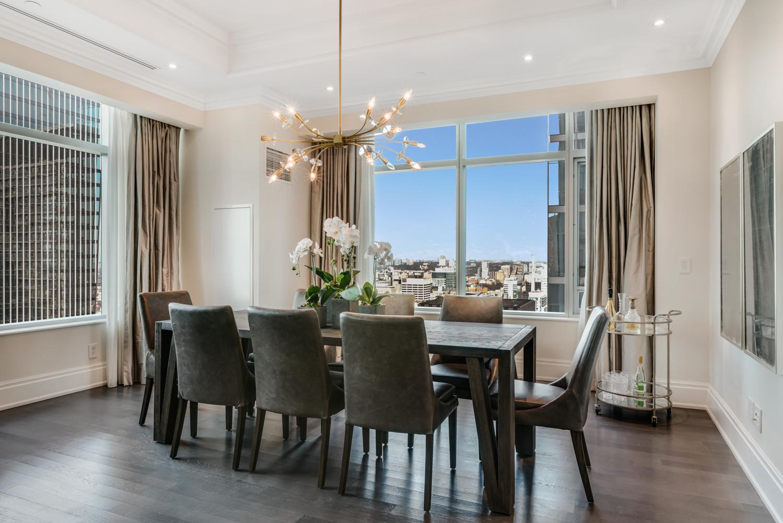Suite 3501 Dining.jpg