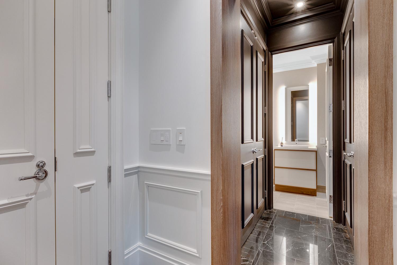 Hall - Suite 3901 - St. Regis