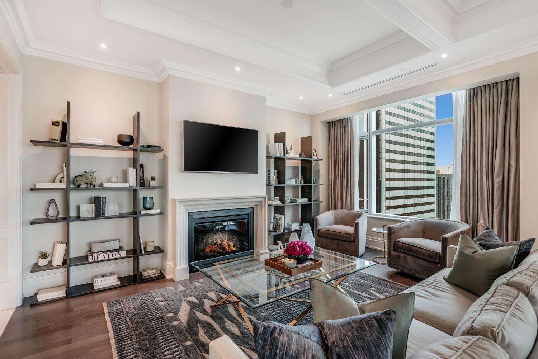 Suite 3501 Living SouthWest View.jpg