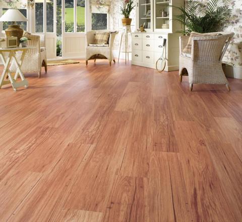 Vinly-Vinly-Plank-Flooring-10.jpg