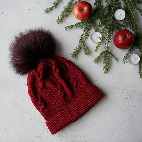 Купить шапку бордового цвета