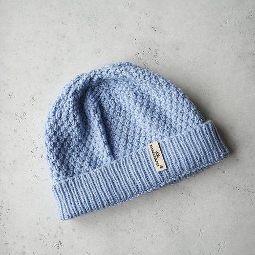 Купить шапку голобуго цвета