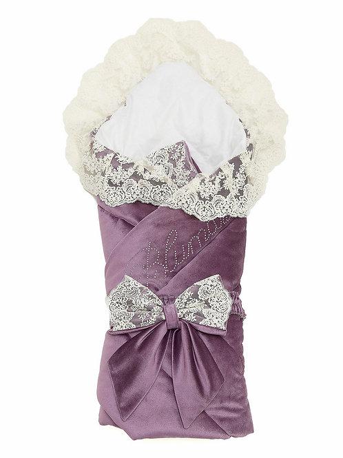 """Конверт-одеяло на выписку """"Блюмарим"""" (пыльная роза с молочным кружевом, стразами и бантом)"""