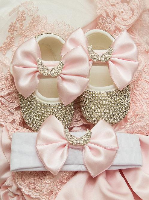 Очень красивые пинетки и и повязка со стразами розовый бантик и крылышки (серебро)