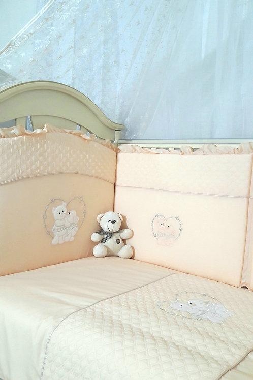 Бортик в кроватку персиковый цвет