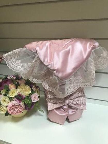 """Конверт-одеяло на выписку """"Венеция"""" АТЛАС (розовый с розовым кружевом)"""