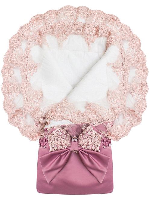 """Конверт-одеяло на выписку для девочек """"Королевский"""" (пыльная роза с розовым кружевом)"""