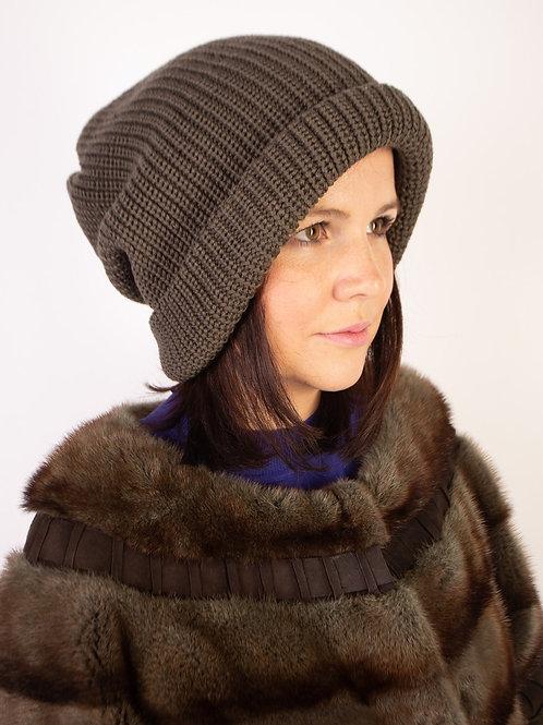 Купить качественную шапку в интернет магазине в Москве LADY