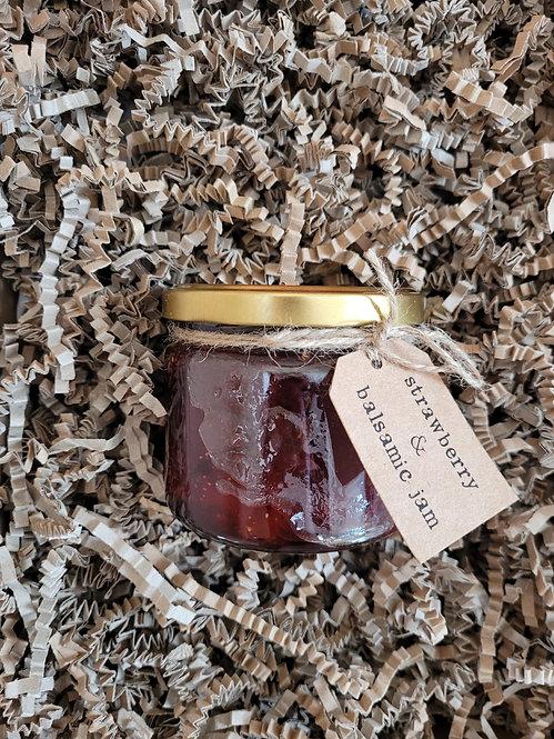 Go Wild Preserves - Large Strawberry & Balsamic Jam