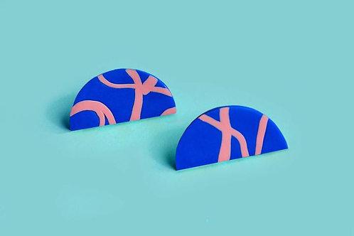 Filomena Handmade Design Scribble Half Moon Stud Earrings
