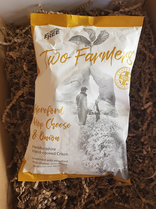 Two Farmers Large 150g Sharing Bag Hereford Hop Cheese and Onion Crisps