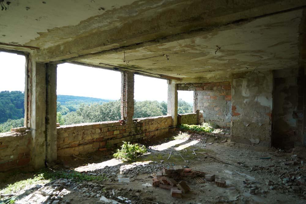 film location war ruin