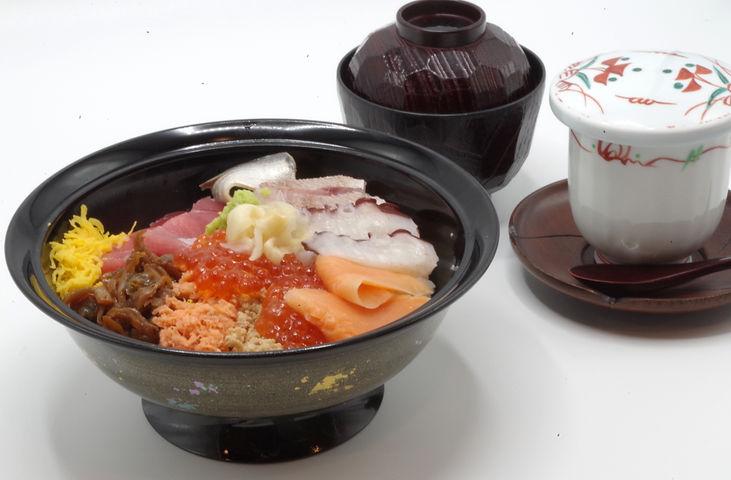 五色丼1.JPG