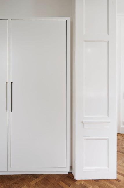 Køkken med pejs i marmor