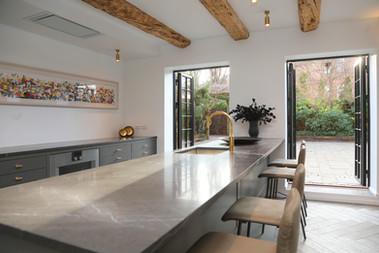 Et klassisk køkken i moderne rammer.jpg