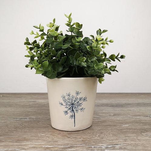 Porcelain flowerpot holder with Queen Ann's lace imprint