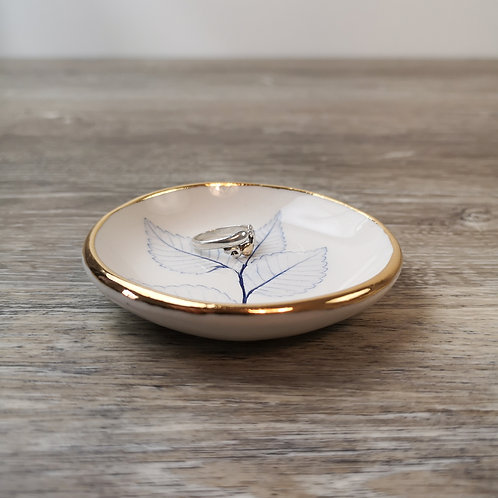 Tiny porcelain ring dish with Elm leaf and gold detail